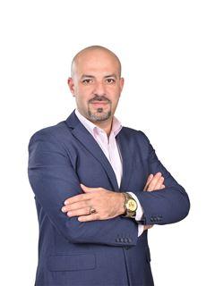 Mahmoud Akl - RE/MAX ALMOHAGER I -  l ريـ/ـماكس المهاجر