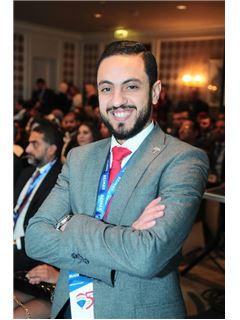 Manažér tímu - Mostafa Moatassem - RE/MAX EVEREST - ريـ/ـماكس إفيرست