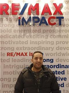 Mahmod Elzayat - RE/MAX Impact- ريماكس إيمباكت