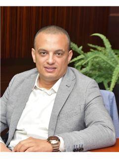 Broker/Owner - Mourad Hussien - RE/MAX Mapestate - ريـ/ـماكس ماب إستيت
