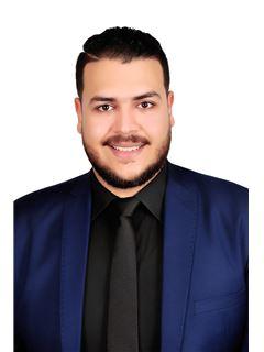Moamen Abdeldayem - RE/MAX EVEREST - ريـ/ـماكس إفيرست