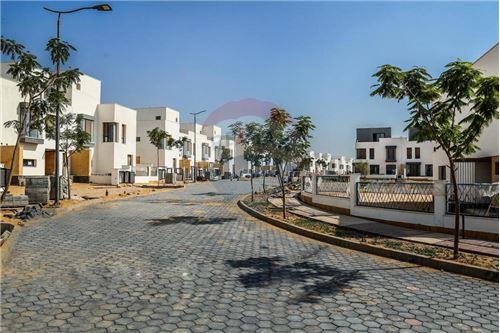 Standalone Villa - For Sale - New Cairo, Egypt - 15 - 910471016-471