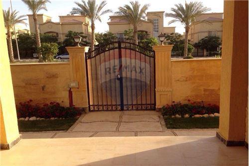Standalone Villa - For Sale - New Cairo, Egypt - 4 - 910591005-74