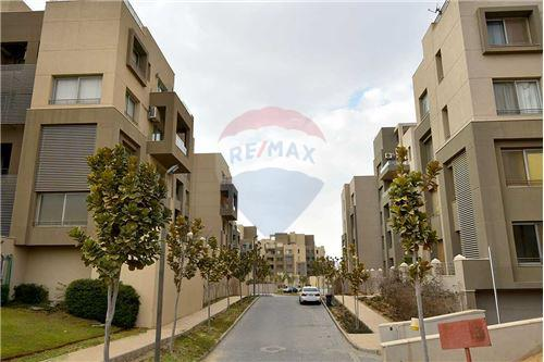 Typical Floor - For Sale - New Cairo, Egypt - 3 - 910651010-1
