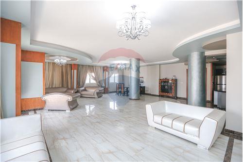 Standalone Villa - For Sale - Al Mamoura, Egypt - 25 - 910461002-193