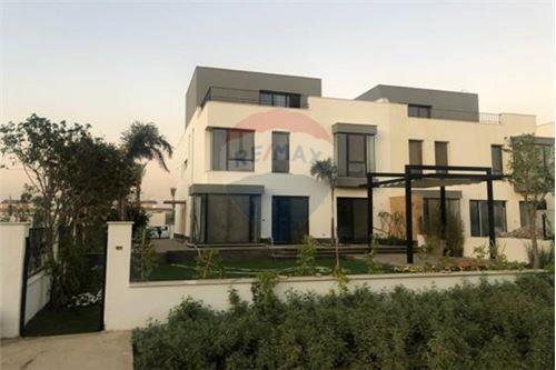 Standalone Villa - For Sale - New Cairo, Egypt - 9 - 910471016-471