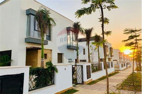 Standalone Villa - For Sale - New Cairo, Egypt - 11 - 910471016-471