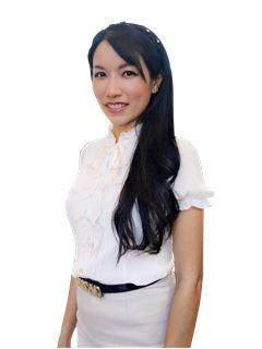 Fon Yapanchai - RE/MAX Real Estate Group