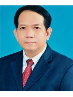 Surasak Pholmafuang - RE/MAX Commercial Property
