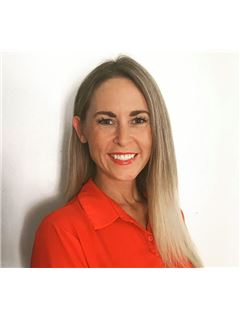 Christina Lynn - RE/MAX Property Specialists