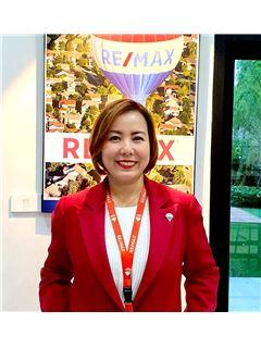 Poonyawee Puthong - RE/MAX GreenWay