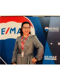 Franchise Owner  - Jamaree Pitstock - RE/MAX Paradise Properties