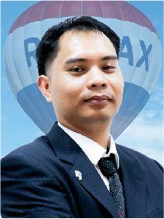 Eak Pongseng - RE/MAX GreenWay