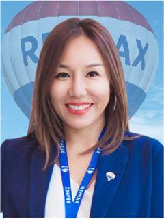 Amornrat Piasupan - RE/MAX GreenWay