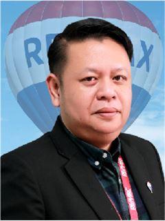 Prasong Muanbida - RE/MAX GreenWay