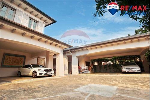 House - For Sale - Bang Khun Thian, Bangkok - ที่จอดรถ - Garage - 920091006-120