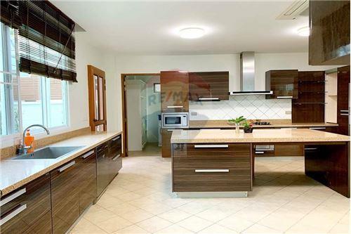 House - For Rent/Lease - Khlong Toei, Bangkok - 24 - 920071001-7234