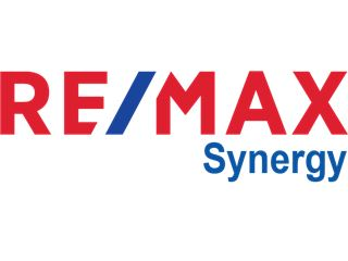 Office of RE/MAX Synergy - Khlong Toei