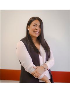 Associate in Training - Tamara Silva - RE/MAX Focus