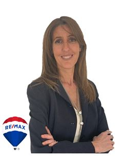 en formación - Beatriz Bezon Amestoy - RE/MAX Costa