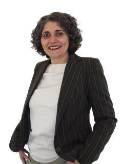 Associate in Training - Gabriela González Feher - RE/MAX Costa