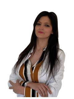 Associate in Training - Sharon Pastorino - RE/MAX Costa