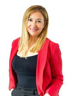 Associate in Training - Leticia Ciuti Morena - RE/MAX Focus