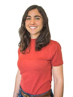 Associate in Training - Lucía Alayon - RE/MAX Focus