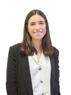Associate in Training - Cecilia Yafe - RE/MAX Focus