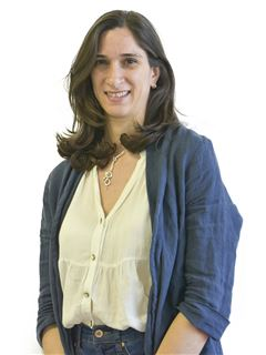 Associate in Training - Pilar López - RE/MAX Focus