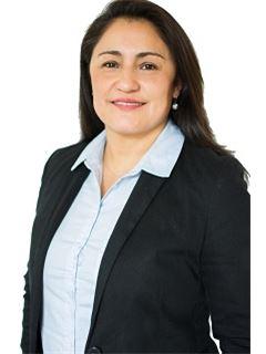 Associate in Training - Arq.Gigliola Sol - RE/MAX Focus