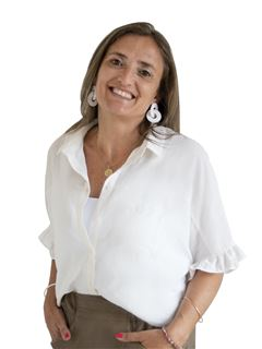 Andrea Martinez - RE/MAX Costa
