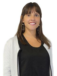 Associate in Training - María Fernanda Prado - RE/MAX Focus