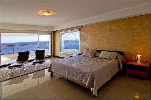 Playa Brava, Zona Punta del Este - Venta - 2,450,000 USD