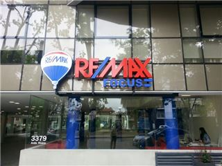 Office of RE/MAX Focus - Montevideo